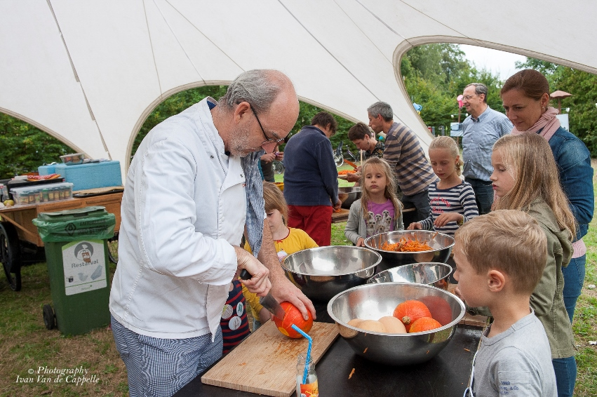 Uitwijken & De Zonnekeuken    Soep maken